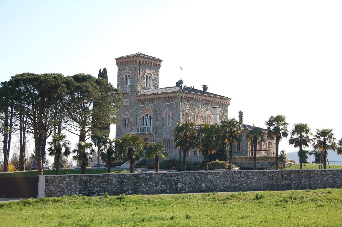 castello tarzo