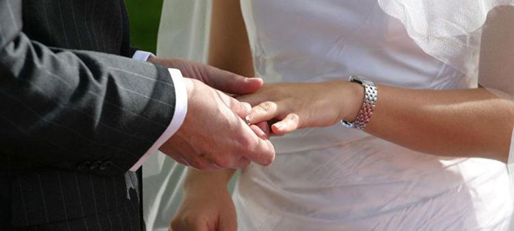 Con questo anello io ti sposo