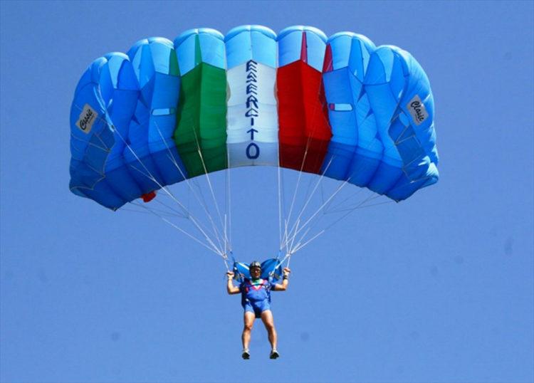 Settembre, arrivano i lagunari e i paracadutisti